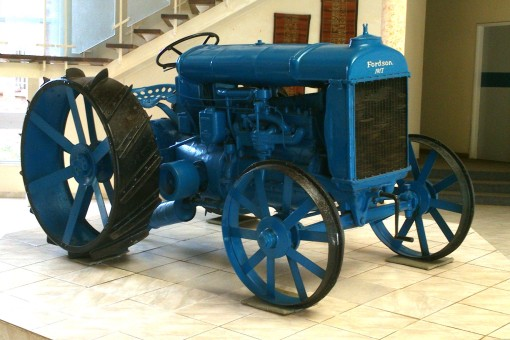 Yes, that is 1917 on the front of this old Fordson tractor!
